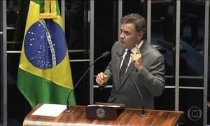 Aécio Neves é afastado do mandato e teve de largar a presidência do PSDB