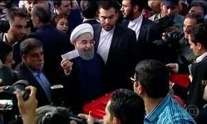 Irã escolhe novo presidente