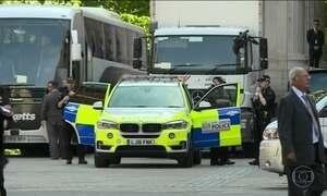 Polícia do Reino Unido prende novos suspeitos de ligação com atentado