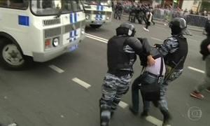 Protestos contra corrupção na Rússia levam mais de mil à prisão