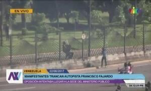 Guarda Bolivariana mata jovem manifestante na Venezuela