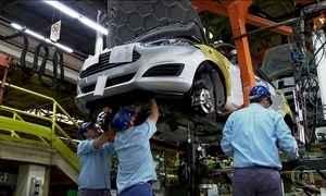 Crescimento da indústria indica reação da economia apesar da crise política