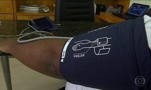 Falta de ajuste em equipamentos que medem a pressão traz riscos a saúde