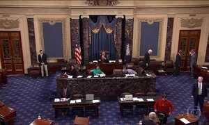 Tentativa de Trump de revogar Obamacare fracassa mais uma vez no Senado