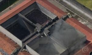 Presos de Centro de Detenção Provisória em SP ateiam fogo em colchões