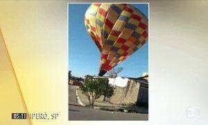 Morador registra queda de balão dirigível em SP