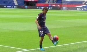 PSG apresenta Neymar aos torcedores e ao mundo inteiro