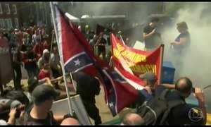 Marcha de extrema direita termina em confronto nos EUA