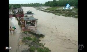 Deslizamento de terra e inundações provocam a morte de 50 pessoas no Nepal