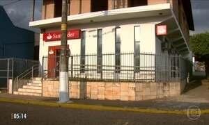 Bandidos tentam explodir cofre de agência bancária em Itobí (SP)