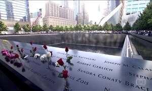 Americanos homenageiam as vítimas dos atentados de 11 de setembro de 2001