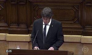 Governo da Espanha pede esclarecimento sobre declaração de independência da Catalunha