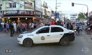 Bandidos atiram em pessoas que estavam em bar no RJ