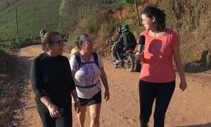 Extra: repórter acompanha caminhada de peregrinos que pagam promessas