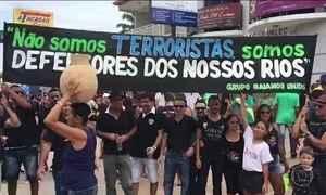 Manifestantes protestam na Bahia contra uso excessivo de água por grandes fazendas