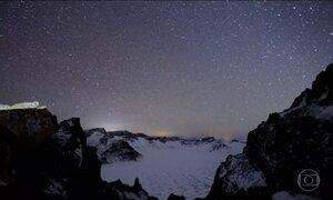 Chuva de meteoros faz espetáculo no céu madrugada desta quinta-feira (14)
