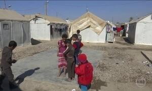 No Iraque, milhares de famílias precisam deixar os campos de refugiados