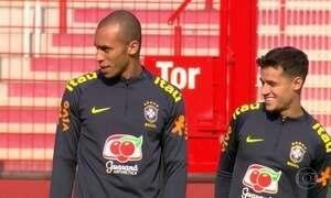 Seleção Brasileira se prepara para enfrentar a Alemanha