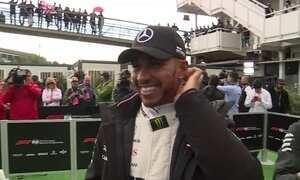 Lewis Hamilton vence GP da Espanha e dispara na liderança