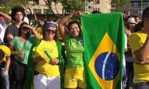 No Brasil, empate não abala empolgação do torcedor