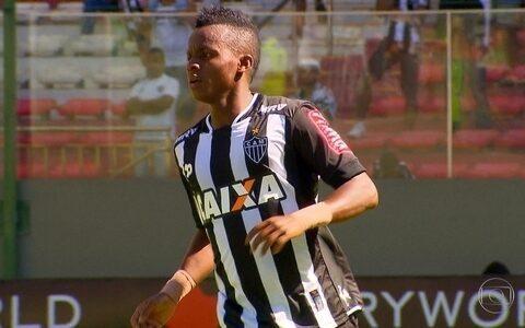 Atlético-MG vence o Corinthians no Mineirão