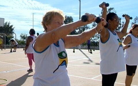 Moradores de Pirapozinho se unem para praticar esporte