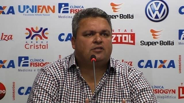 Diretor de futebol do Atlético-GO  comenta troca no comando técnico