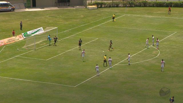 Jacutinga perde novamente e assume a  lanterna da Segunda Divisão do Mineiro