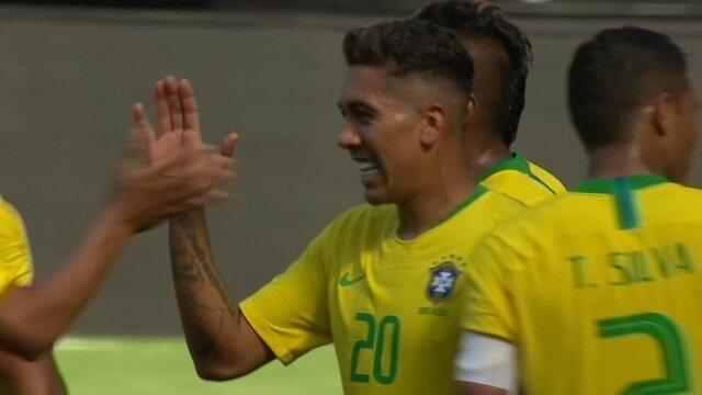 Gol do Brasil! Firmino mata no peito e encobre goleiro aos 47' do 2º Tempo