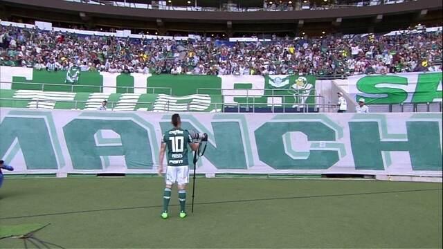"""Faltou combinar: Moisés bate o cajado, mas """"mar verde"""" não abre na arena do Palmeiras"""