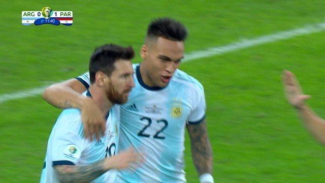 Gol da Argentina! Messi cobra pênalti e empata o jogo, aos 11' do 2º tempo