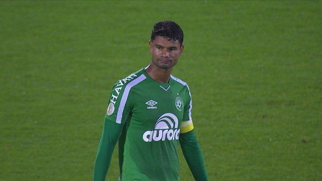 O gol de Chapecoense 0 x 1 Santos pela 17ª rodada do Brasileirão