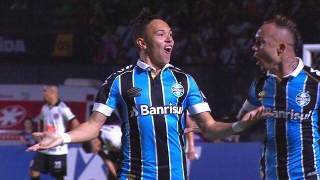 Gol do Grêmio! Pepê bate firme e empata, aos 32' do 1º tempo