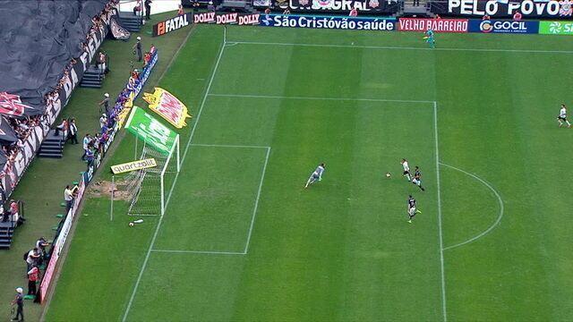 Gol do Corinthians! Boselli lança Janderson, que faz 2 a 0 e é expulso em seguida