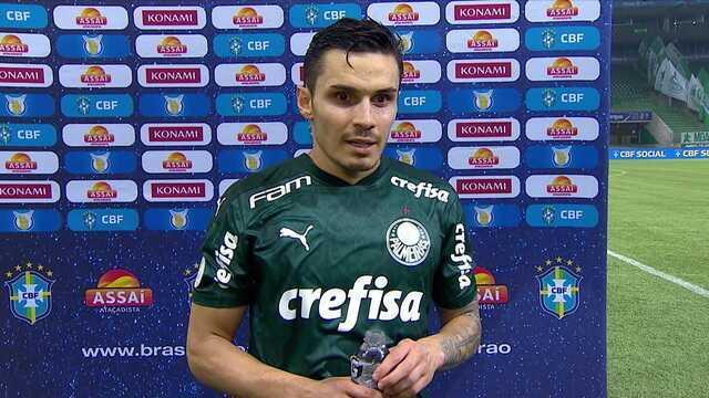 Raphael Veiga comemora boa fase na carreira, mas diz que importante é equipe estar bem