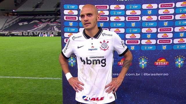 Fábio Santos diz que Corinthians fez bom jogo estratégico diante do São Paulo