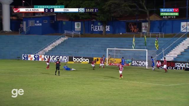 Aos 12 min do 1º tempo, Dudu pega de primeira e marca para o Vila Nova