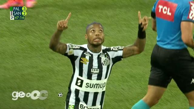 Aos 46 min do 2º tempo - gol de pênalti de Marinho do Santos contra o Palmeiras