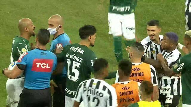 Marinho e Felipe Melo participam de confusão no meio de campo após o clássico