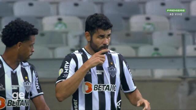 Aos 34 min do 1º tempo - gol de cabeça de Diego Costa do Atlético-MG contra o Sport