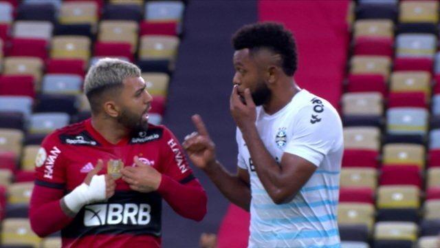 Gabigol e Borja discutem na saída do campo e confusão continua no túnel para o vestiário
