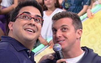 Vídeo Show mostra ao vivo os bastidores do Caldeirão do Huck - Luciano Huck recebeu André Marques no palco do programa.