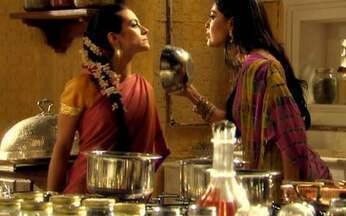 Maya e Surya discutem - Maya acusa a cunhada de ter enviado torpedos para Duda em seu nome