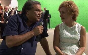 Adriana Esteves recebe homenagem de Dennis Carvalho - Diretor elogiou o trabalho da atriz, que viverá Dalva de Oliveira na TV