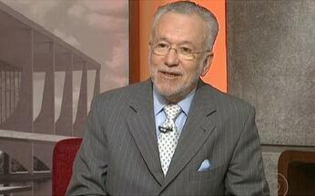 Alexandre Garcia comenta posicionamento brasileiro frente ao Irã - José Alencar manteve o mesmo tom de Lula: é importante manter o diálogo com o Irã para não deixar aquele país isolado. Ele defendeu o enriquecimento de urânio para artefatos de fins pacíficos.