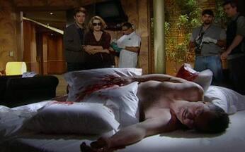 Passione - capítulo de segunda feira, dia 11/10/2010, na íntegra - Saulo é encontrado morto em um quarto de motel