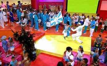 Vila Isabel encerra o Esquenta! - A bateria da azul e branco termina o programa com muita animação