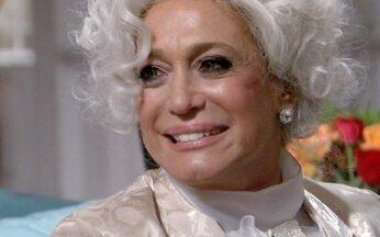 Lara com Z - Episódio do dia 21/04/11, na íntegra - Lara Romero consegue o dinheiro para bancar o jantar de noivado de Bárbara e Oliver. Sandra Heibert, convidada por Maria Beatriz, aparece na festa