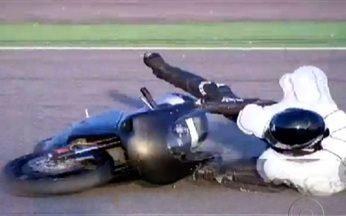 Air bag para moto pode evitar lesões na coluna - A categoria de motociclistas está crescendo muito no Brasil. O problema é que o número de acidentes também cresceu. Mas alguns acessórios podem até salvar vidas no trânsito. O air bag para moto, por exemplo, é muito eficaz na proteção da coluna.
