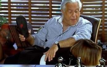 Antonio Fagundes parte para cima de Regiane Alves em Tempos Modernos - Qual dessas palmadas distribuídas na ficção foi a mais bem dada? Participe e vote em www.globo.com/videoshow